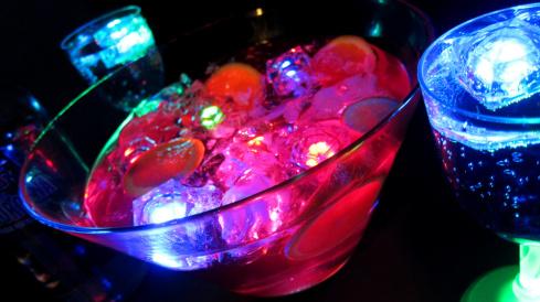világító jégkocka